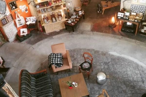 Au Cube café, boutique de créateurs sur Angers